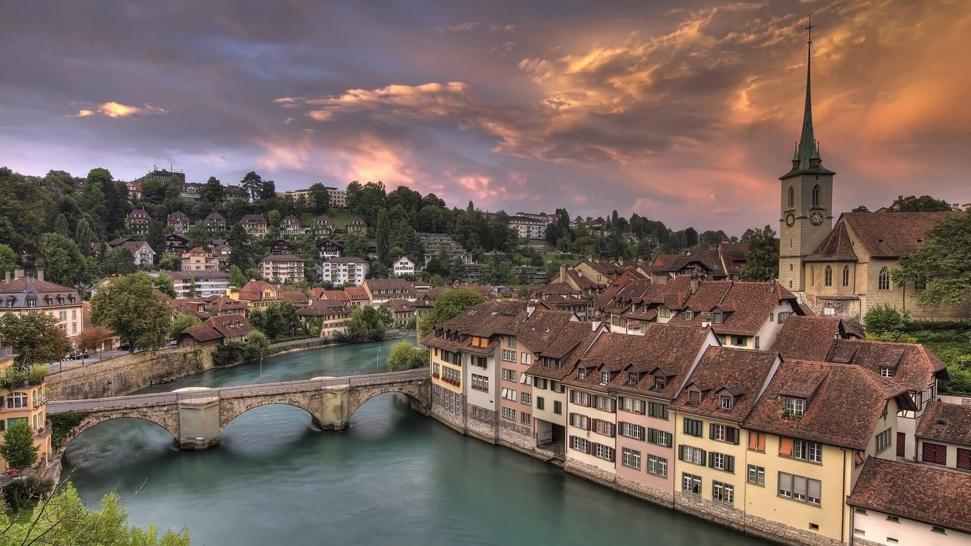 фотографии город берн швейцария фото разместился полуострове